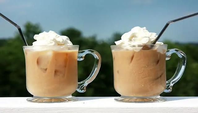 Eiskaffee o café y helado alemán