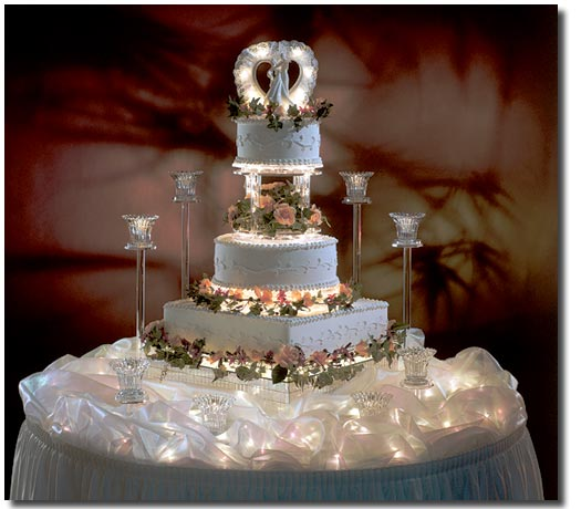 So It S Your First Wedding To Be The Most Impressive Luxury Expensive Elegant And You Can Decorate Own Cake