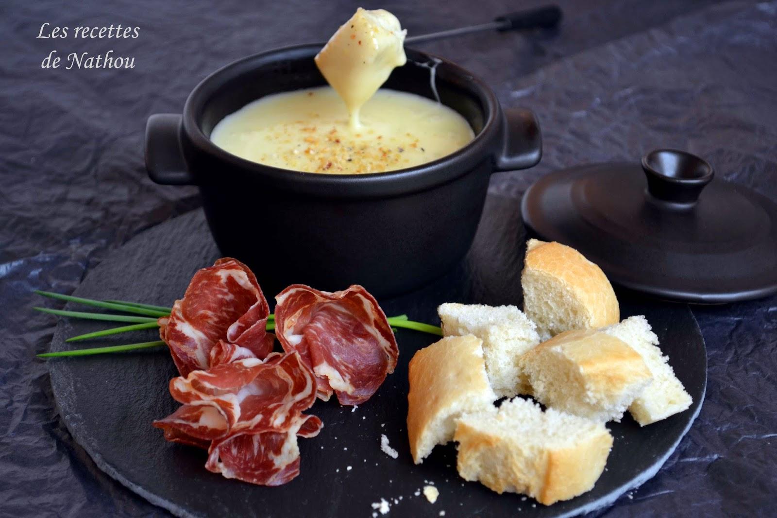 mini cocotte de fondue au fromage blogs de cuisine. Black Bedroom Furniture Sets. Home Design Ideas