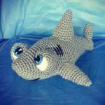 patron gratis tiburon amigurumi