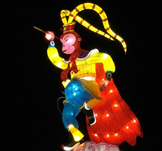Pic of principal monkey figure on top of large lantern display
