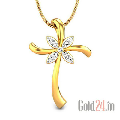 Candere Gold Pendant with Diamonds