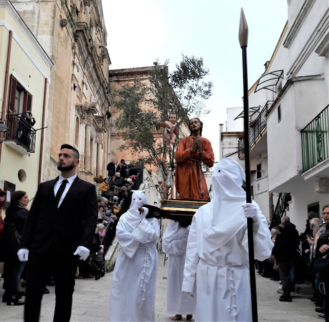 Statua di Cristo all'Orto nella processione dei Misteri di Castellaneta