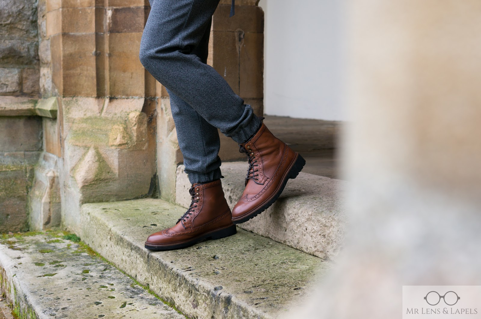 Nappa ankle boots with broguing Massimo Dutti