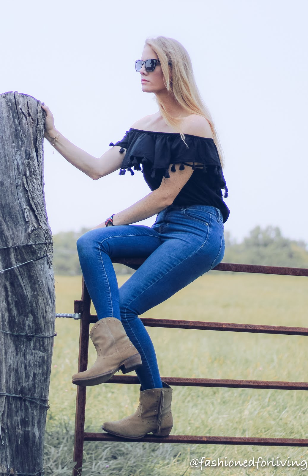 7432863d3340 Fashioned For Living  off the should tassel top with skinny jeans ...