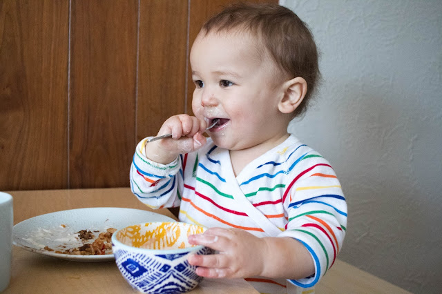 Montessori and weaning - introducing a fork with your baby or toddler