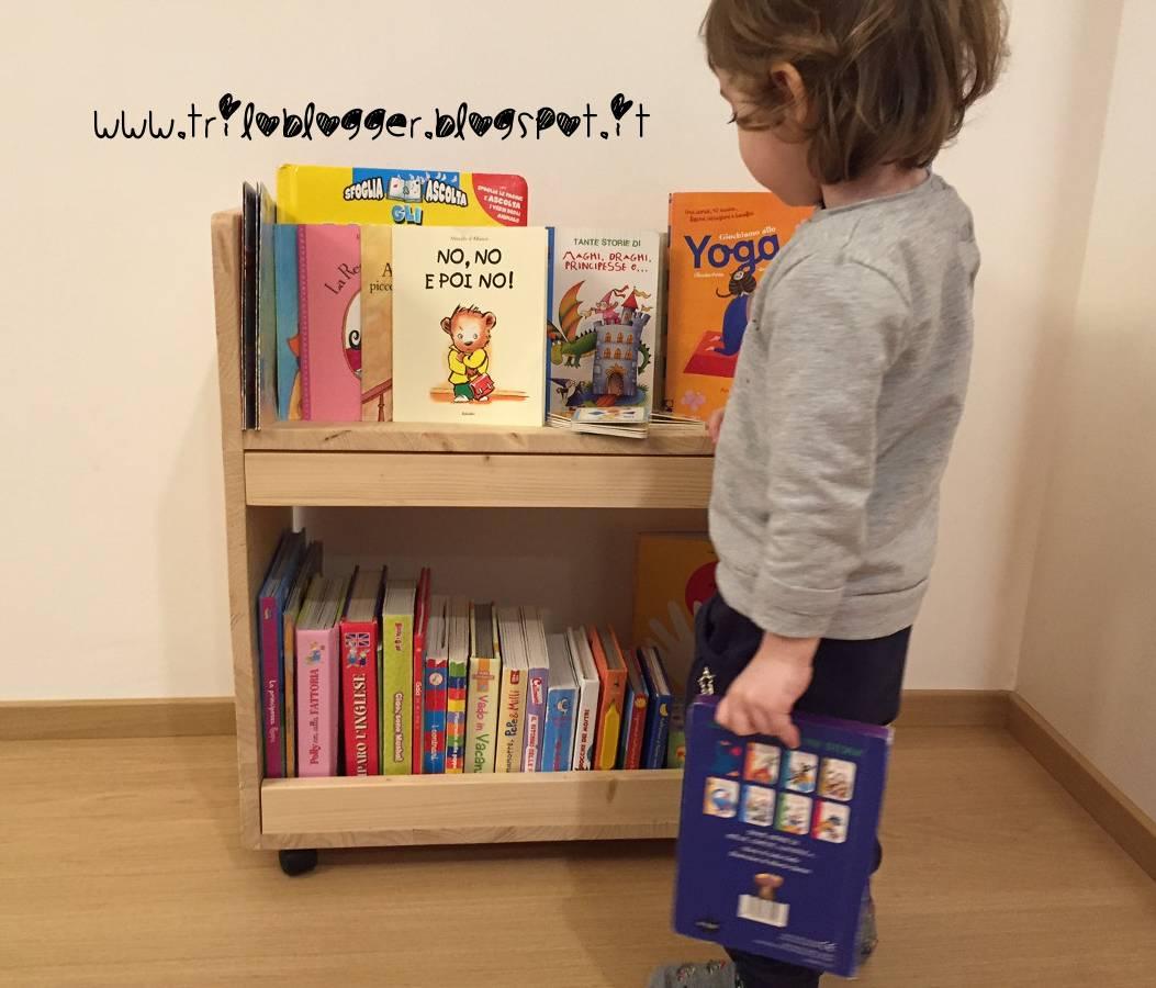 Costruire una Libreria portatile per bambini in stile Montessori ...