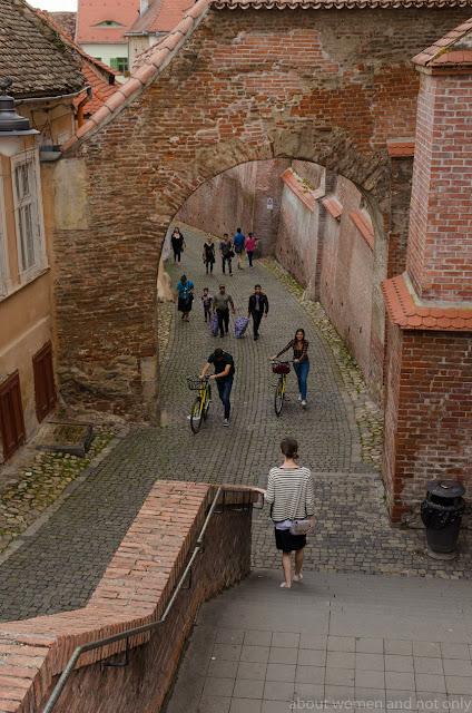 Alei si scari prin Sibiu.