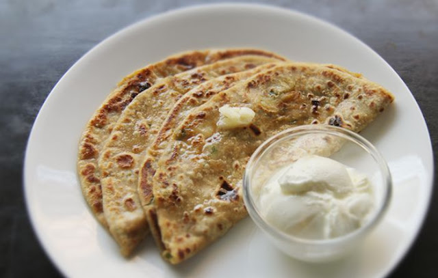 Phool Gobhi ka Paratha Recipe