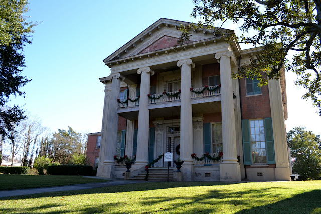 Магнолія Холл (Magnolia Hall)Натчез, Міссісіпі (Natchez, Mississippi)