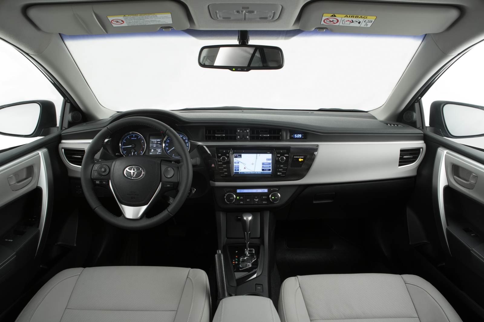 Novo Toyota Corolla 2015: vídeo oficial de apresentação ...  Novo Toyota Cor...