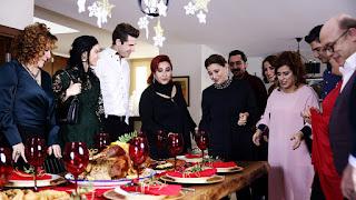 Familia din camera 309 sărbătorește Crăciunul: