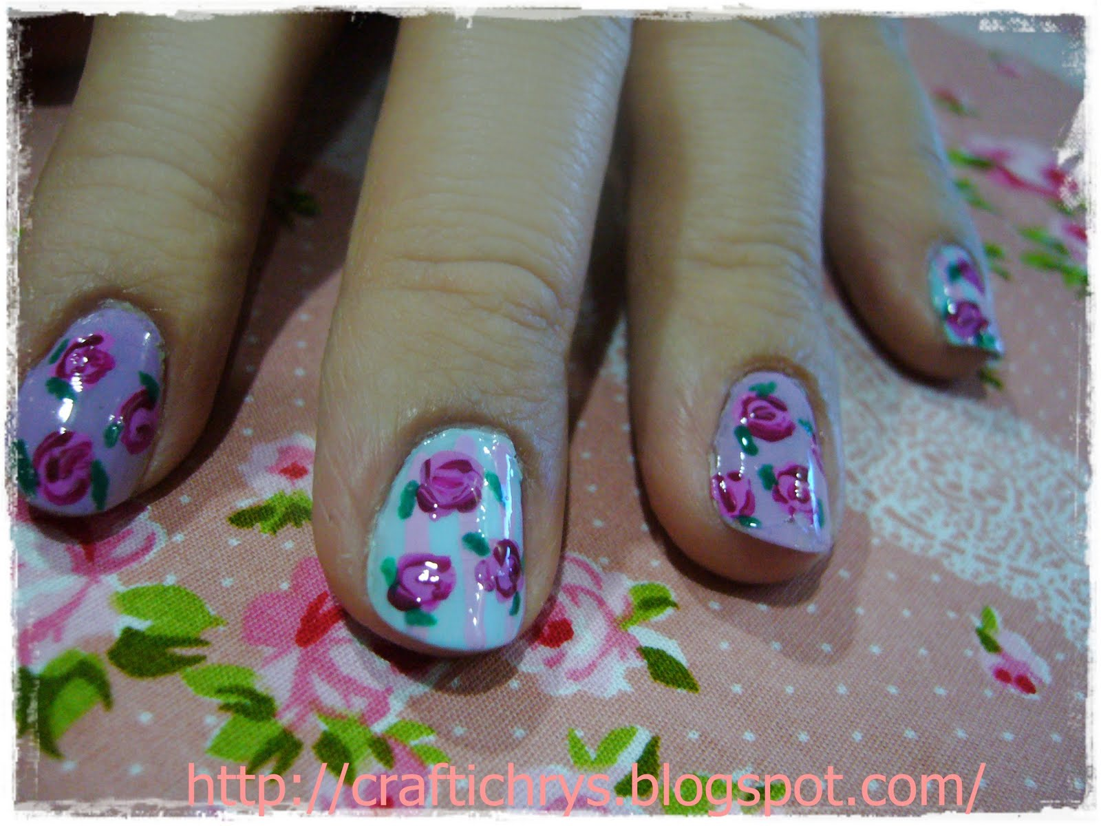 ~~CraftiChrys Creation~~: Vintage Rose Nail Art
