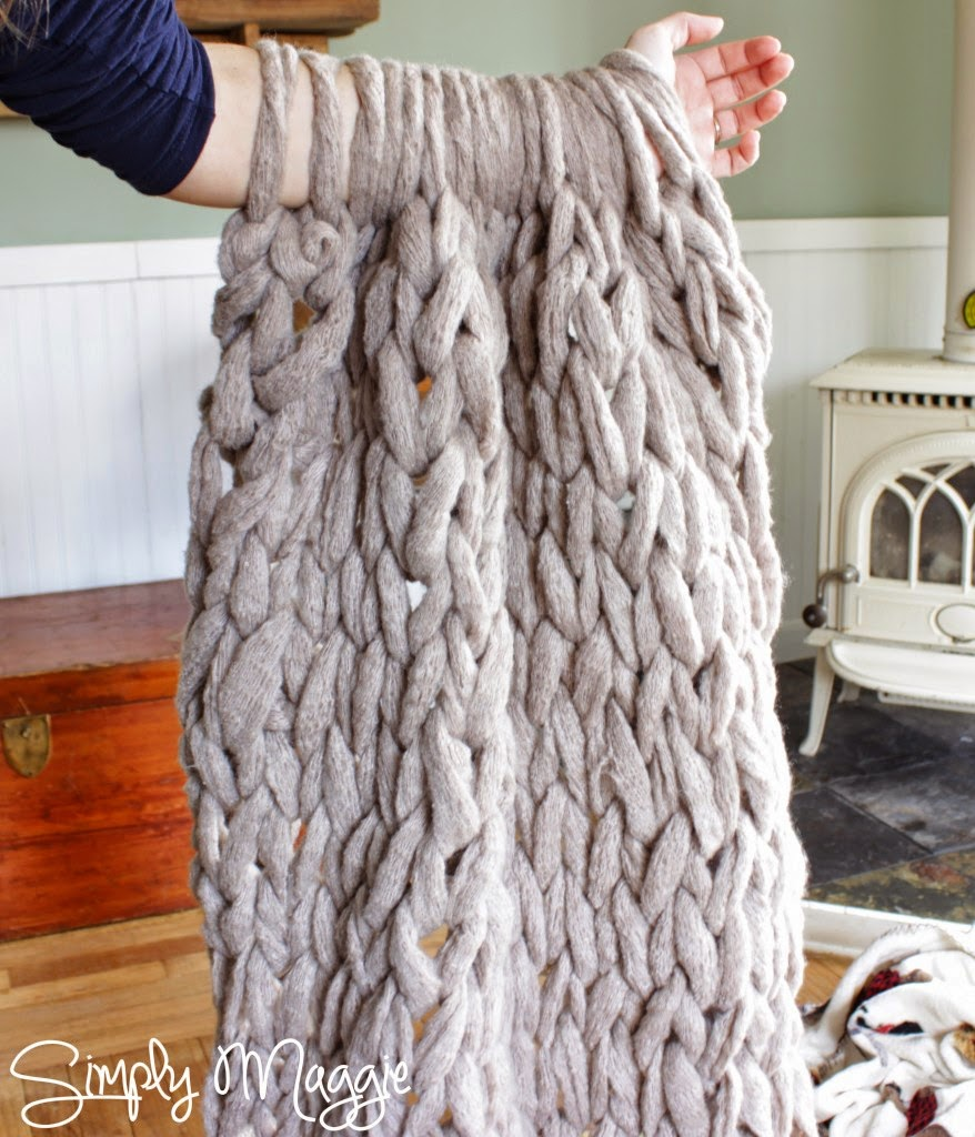 Arm Knit A Blanket In 45 Minutes Handy Diy