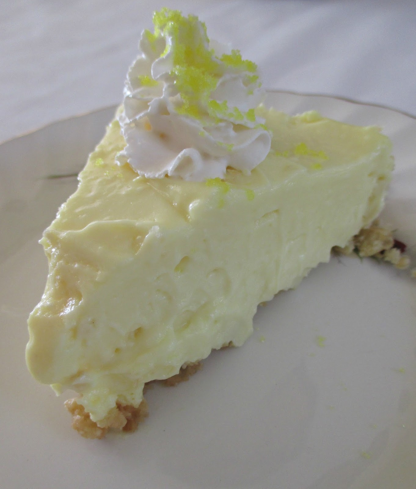 Serving Cheesecake Cold Room Temperature