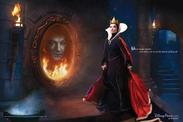 Os atores Olivia Wilde como a Rainha Má e Alec Baldwin como o Espelho Mágico.