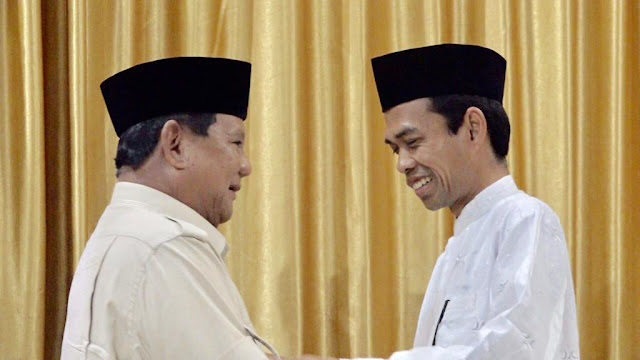 Wow! UAS Gelar Pertemuan dengan Prabowo, Netizen: Cebong Auto Kejang-kejang!