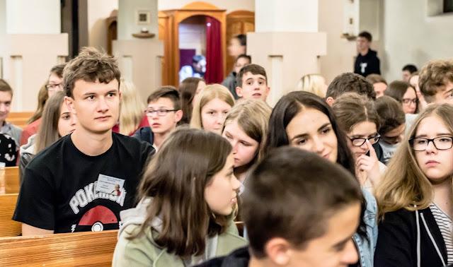 Nocne czuwanie młodzieży w Pyskowicach 2018