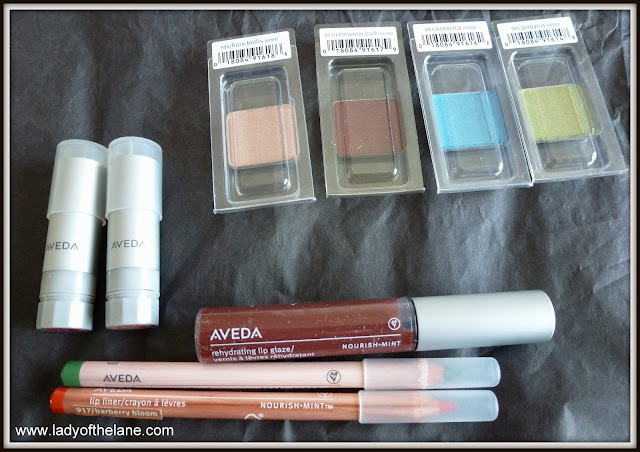 Aveda Art of Nature Make Up Collection