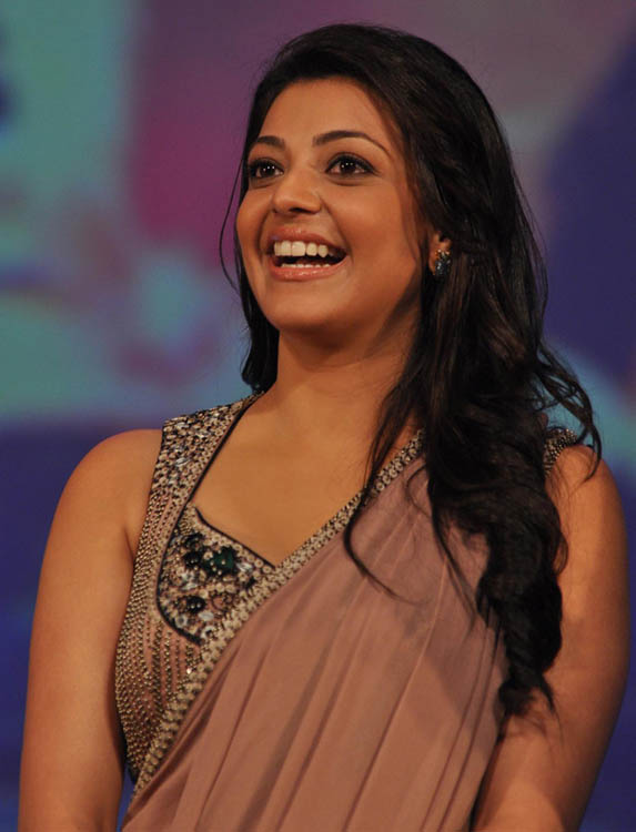 Kajal Agarwal Hot Hip Show Photos In Maroon Saree