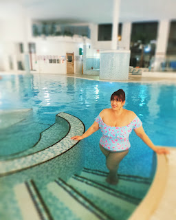 Big Fashionista in swimming pool