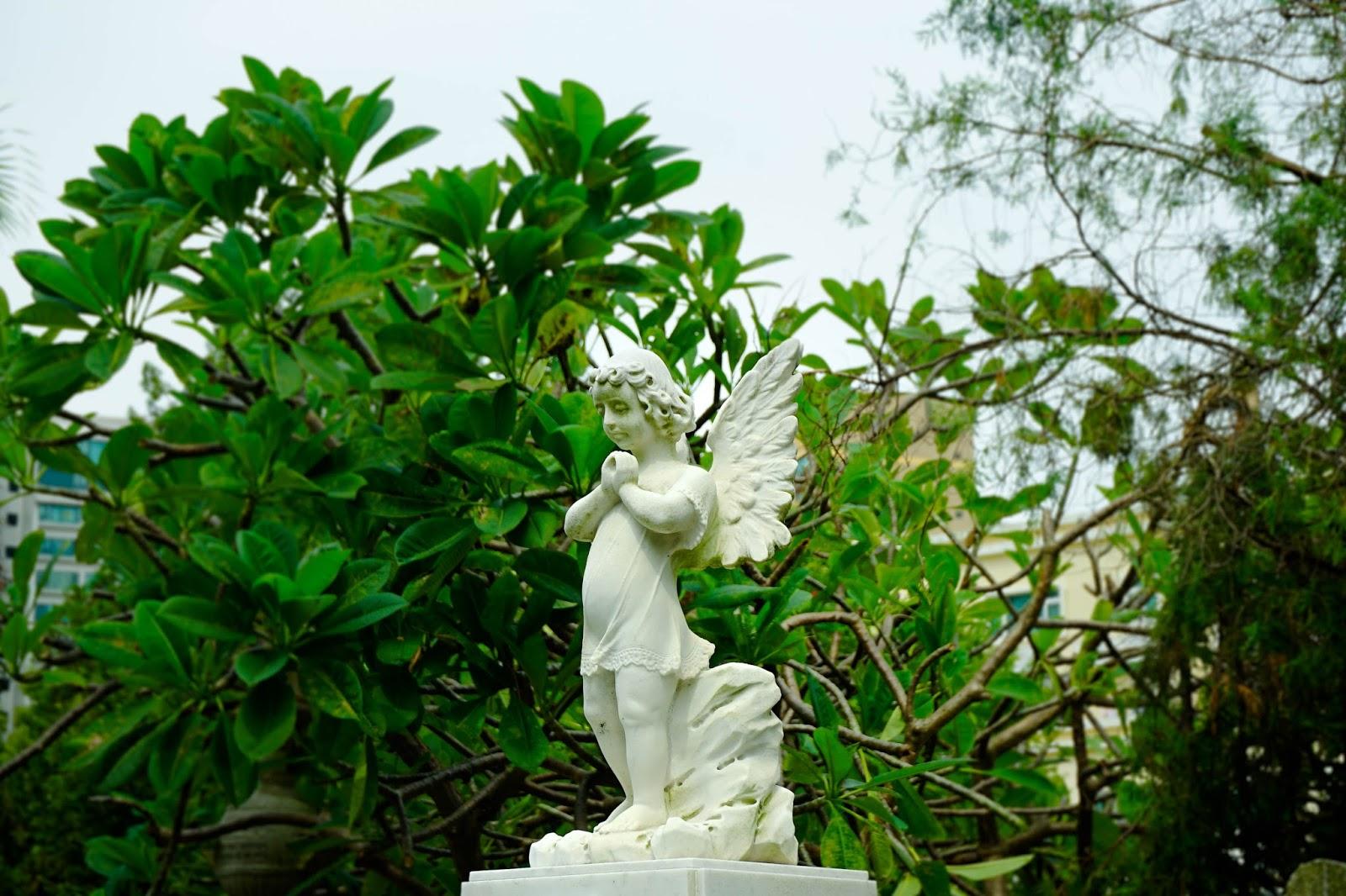 beautyanxiety.com-St. Michael's Chapel and Cemetery-beautyanxiety.com-St.%2BMichael%2527s%2BChapel%2Band%2BCemetery-DSC09840.jpg