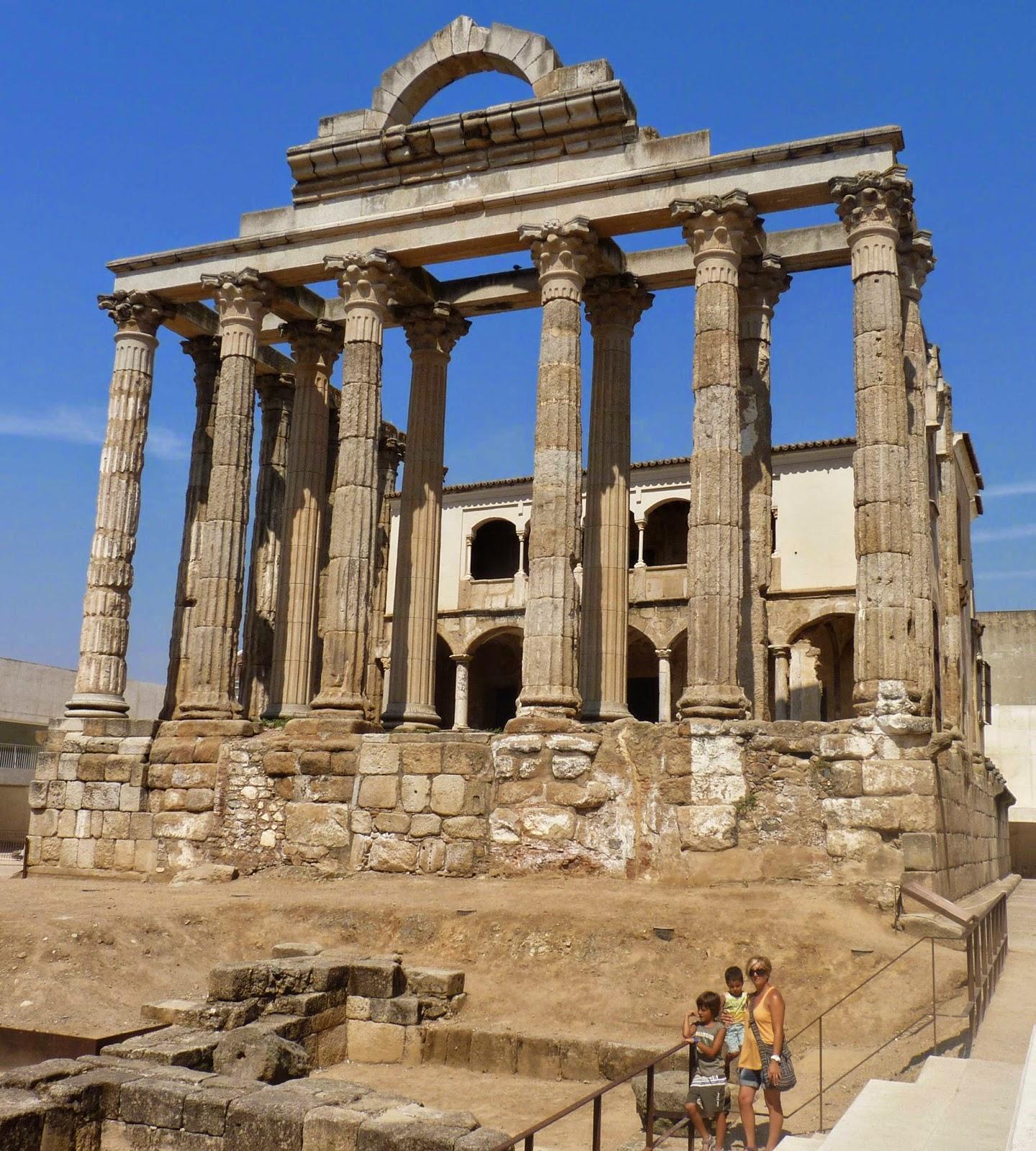Mérida, Templo de Diana.
