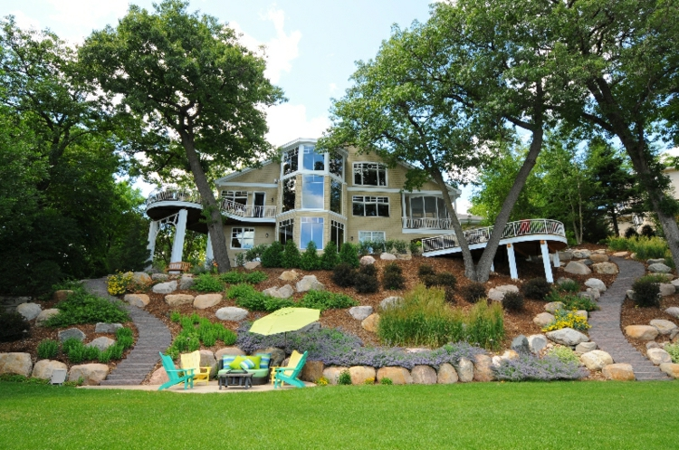 25 Awesome Sloped Backyard Design Ideas That Will Inspire ... on Sloped Backyard Design id=24248