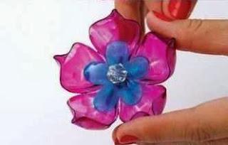 Kerajinan Tangan Dari Barang Bekas, Bunga Botol Plastik Bekas 6