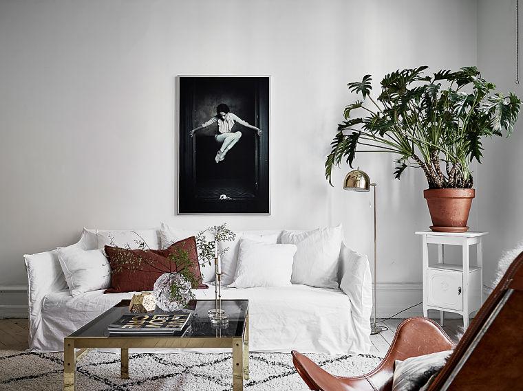 PUNTXET Un hogar luminoso con un dormitorio escondido #decoración #hogar #salón