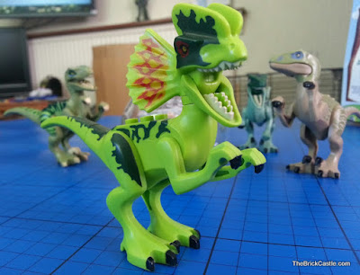 Jurassic World LEGO Dilophosaurus Ambush set review
