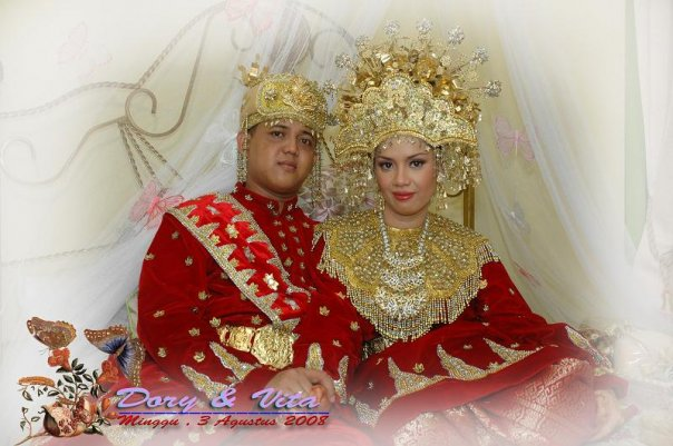 WEDDING COLLECTIONS Indonesian Wedding Dresses