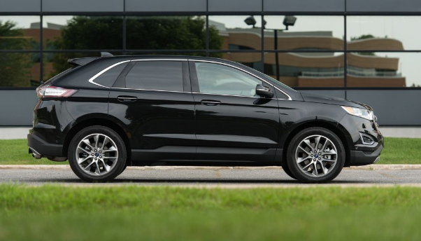 2015 Ford Edge 2.0L EcoBoost AWD Review