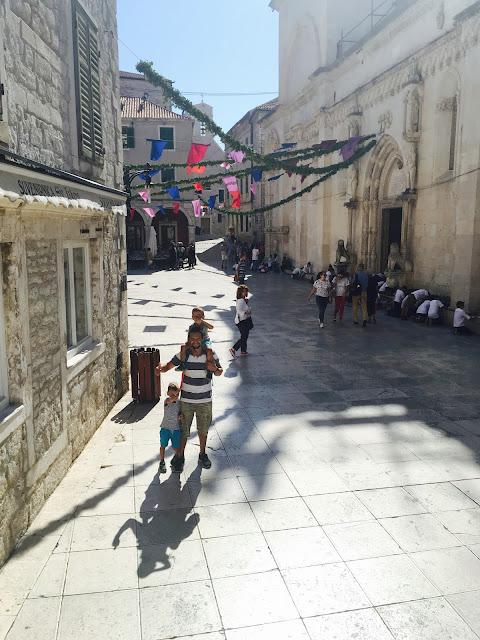 Šibenik, výlet do Šibeniku - starobylé kamenné centrum
