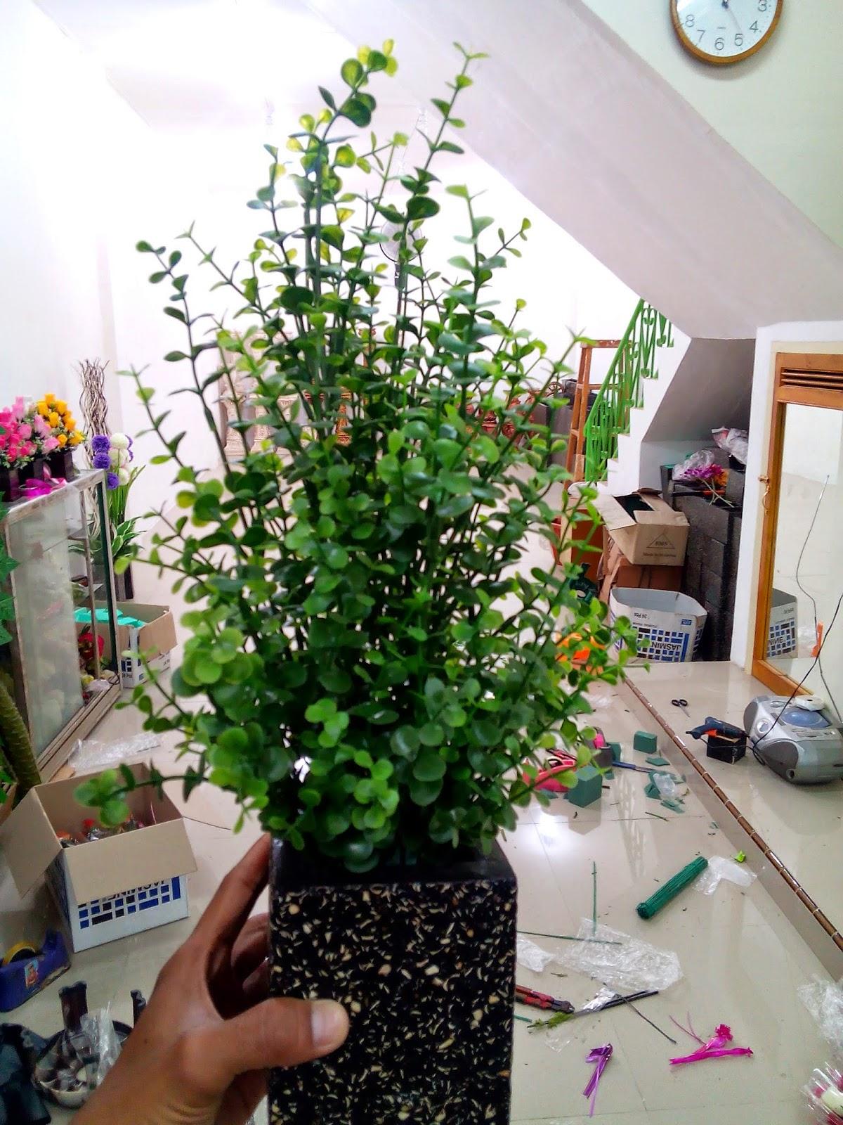 Terahir Tentu Saja Vas Bunga Bisa Juga Menggunakan Pot Yg Terbuat Dari Kayu Atau Merupakan Media Untuk Menampung Yang Akan Di Rangkai