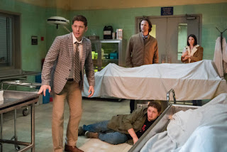 "Jensen Ackles as Dean Winchester, Jared Padalecki as Sam Winchester, Aaron Paul Stewart as Dirk, Genevieve Buechner as Samantha in Supernatural 14x04 ""Mint Condition"""
