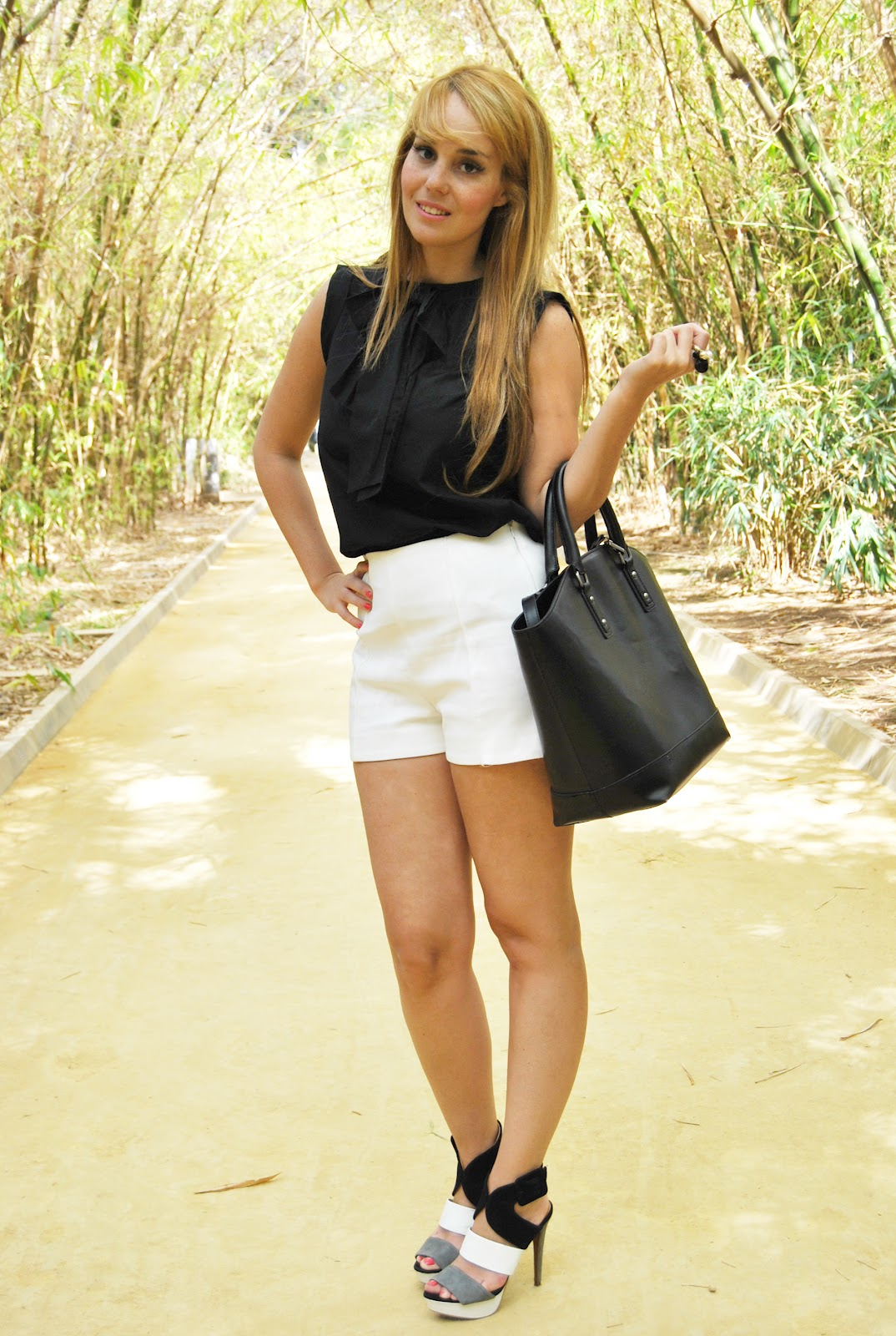 nery hdez, white shorts, black and white