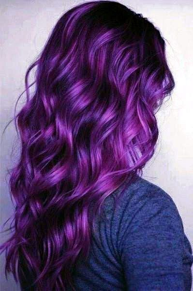 tendenze capelli capelli color viola acconciature tendenze capelli 2018 pantone violet hairstyle
