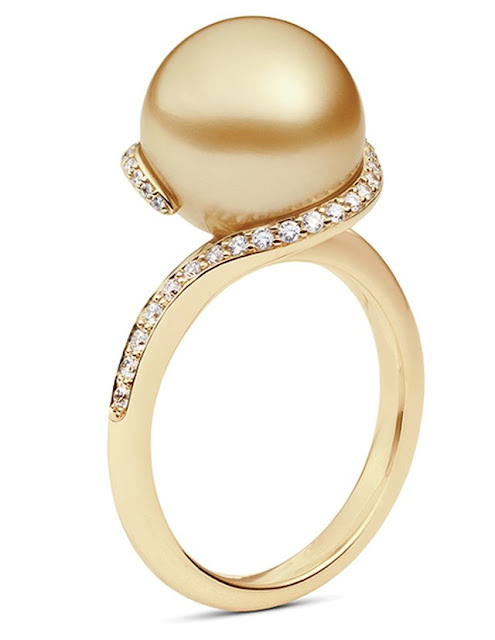 Yellow Gold Vintage-Style Diamond Pearl Ring