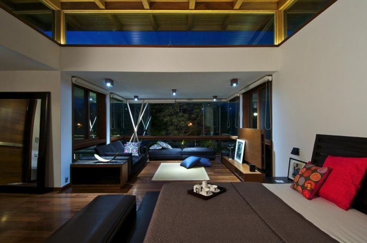 Sitting area in Courtyard Home by Hiren Patel Architects