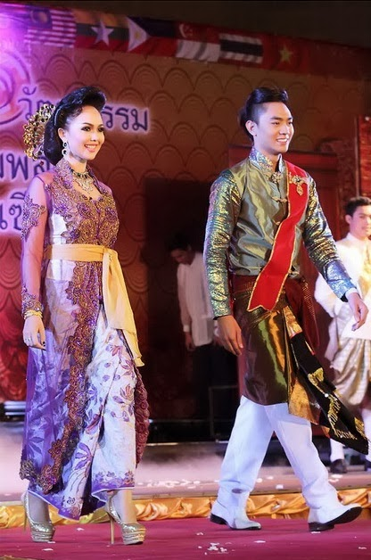 Asean Traditional Dress Vieweveryday Com