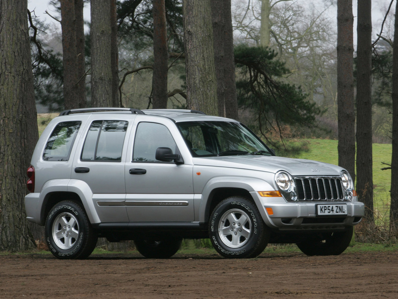 2005 JEEP Cherokee UK Version Pictures
