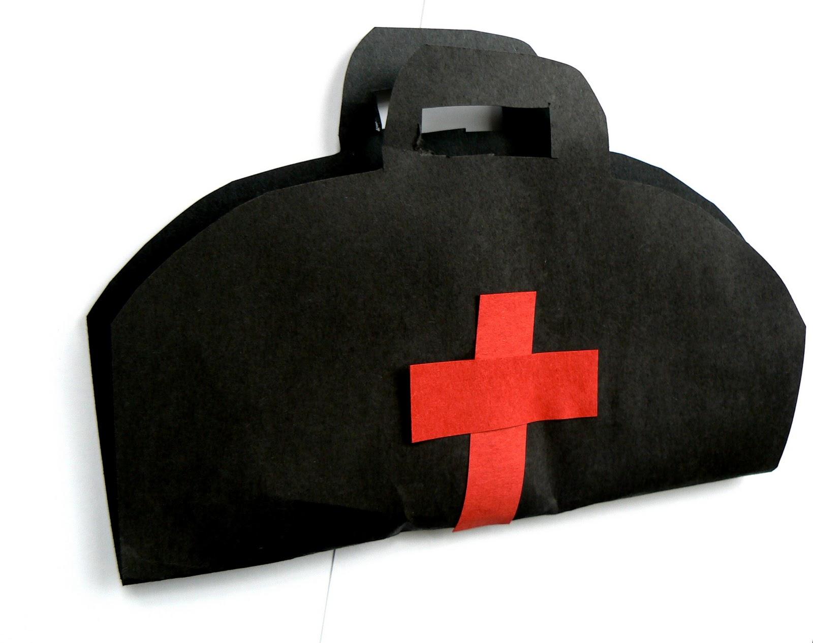 Having Fun At Home Easy Homemade Doctor S Bag