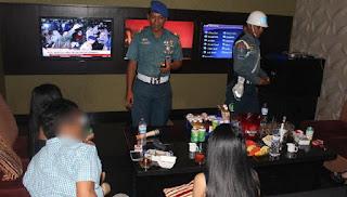 Anggota DPRD Surabaya Kepergok di Tempat Hiburan Bersama Purel