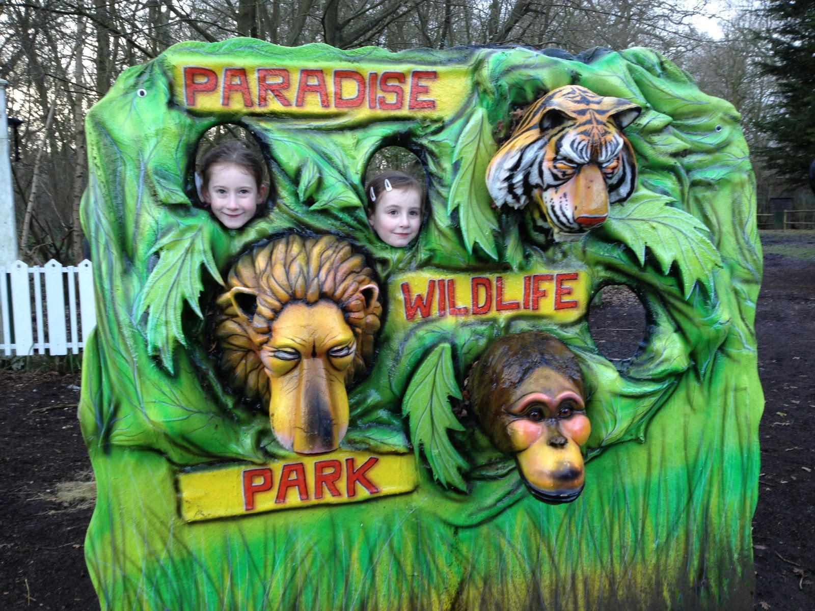 Steph 39 S Two Girls Paradise Wildlife Park Is It In Britainsbestdaysout