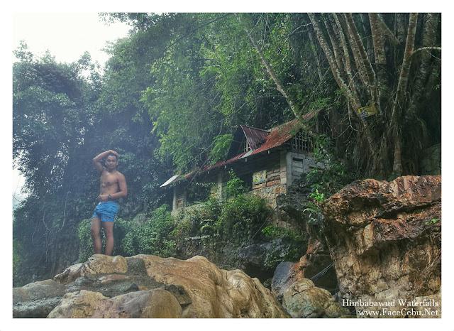 FaceCebu Blogger Mark Monta in Himbabawud Waterfalls in Barangay Bonbon, Cebu City