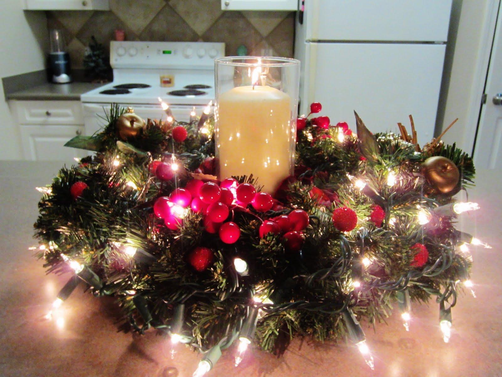 Centros de mesa navide os for Arreglos navidenos para puertas 2016