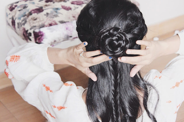 BRAIDED HALF BUN