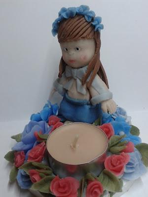 kwiatki zimna porcelana, lalka z zimnej porcelany, świecznik
