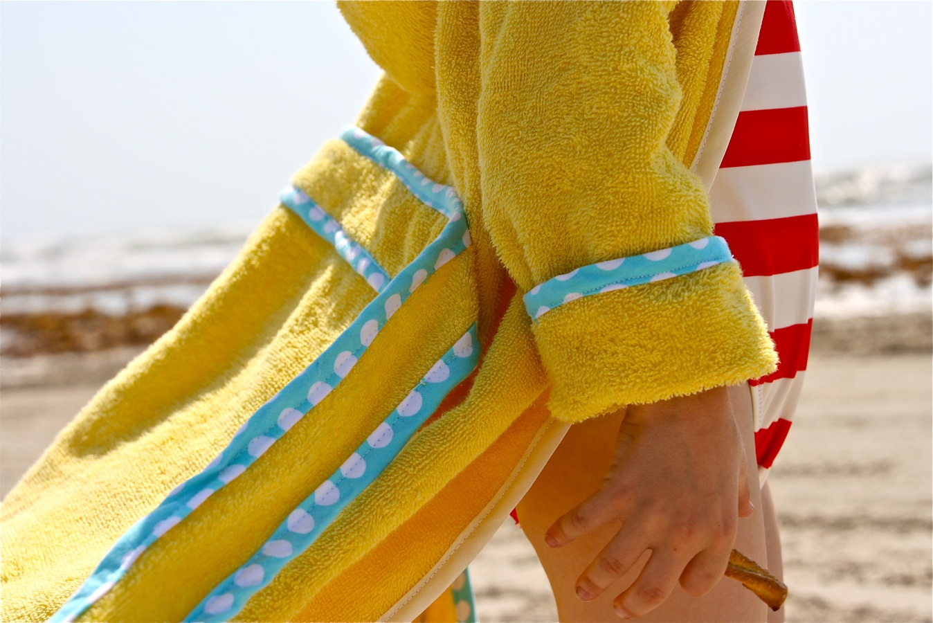a6d8ae7d53 The BEACH ROBE PATTERN – MADE EVERYDAY